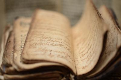 iGuana - Digitization & Scanning of Books for Plantin - Moretus Museum in Antwerp